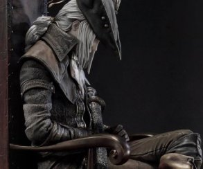 Взгляните наэту 50-сантиметровую фигурку Леди Марии изBloodborne