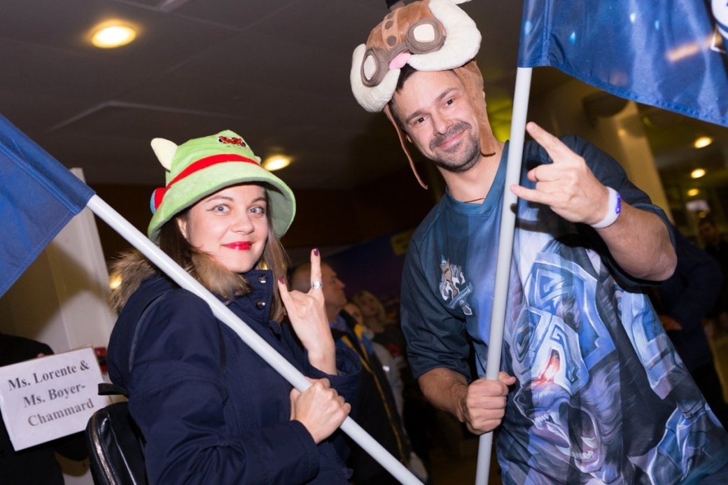 Фанаты встретили Albus NoX Luna в Шереметьево как героев. - Изображение 6