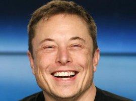 «Хаха, офигенно»— Илон Маск ответил нашуткуНТВ. Да, нарусском