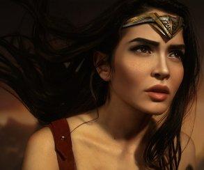 Косплей дня: главные герои Лиги справедливости— Чудо-женщина иБэтмен
