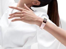 Новый фитнес-браслет Huawei Band 4 Pro сNFC оценили в3500 рублей
