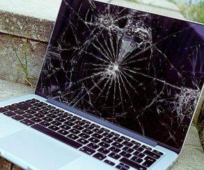 IDC: поставки ПК и ноутбуков продолжат падать
