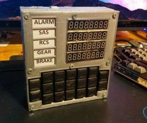 Игрок собрал бортовой компьютер для Kerbal Space Program