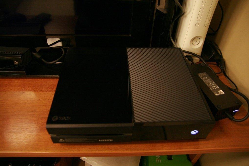 Xbox One: распаковка и первый запуск | Канобу - Изображение 2