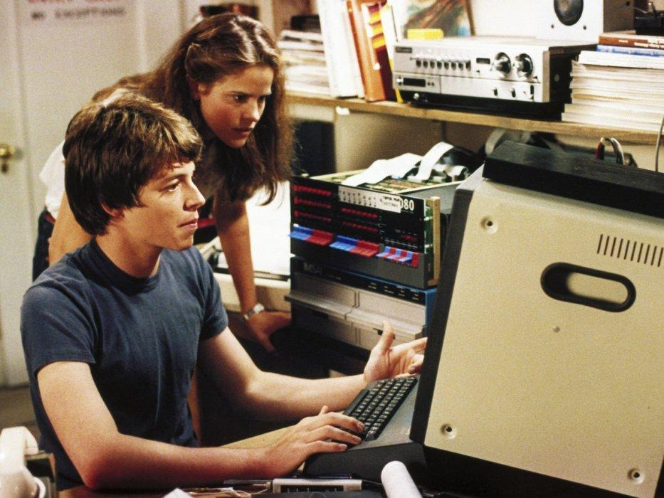 «Матрица», «Трон», «Военные игры»— лучшие фильмы про хакеров ипрограммистов. - Изображение 1