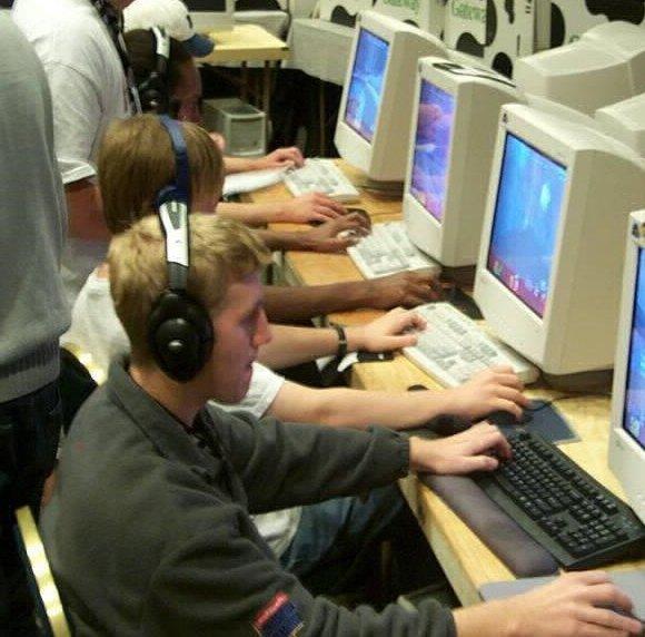 Каким был киберспорт раньше — в конце 90-х и начале 2000-х. - Изображение 20