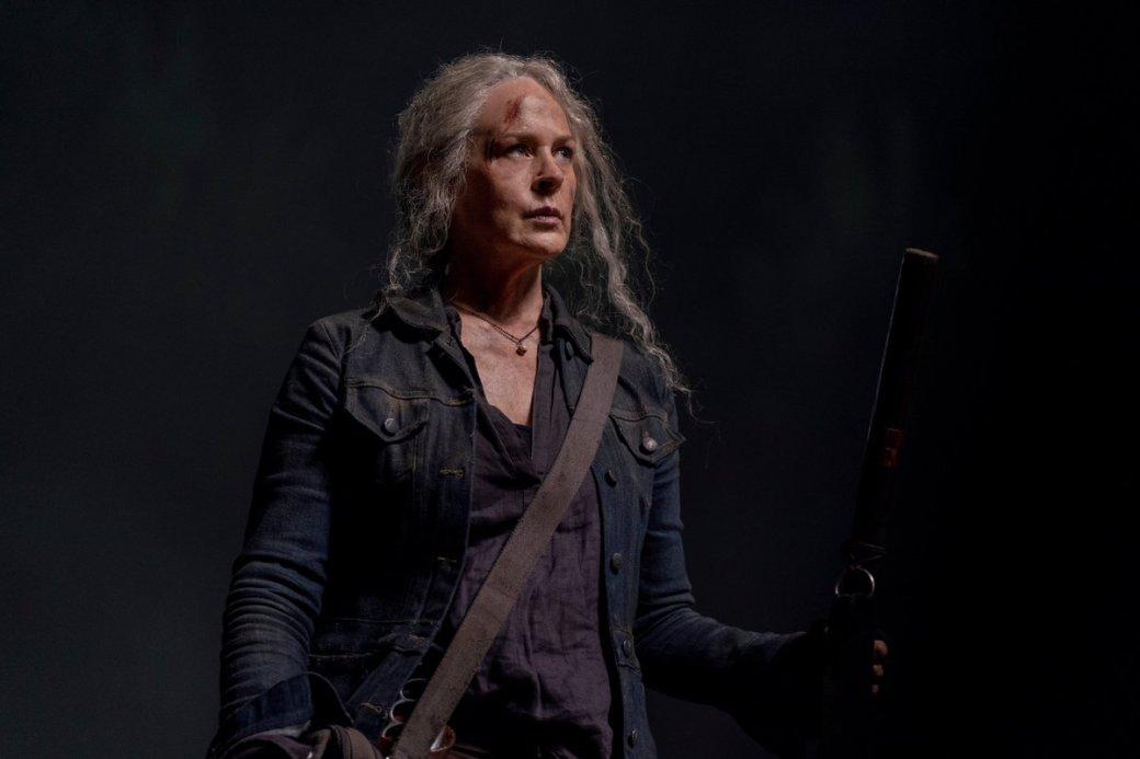 14 серия 10 сезона сериала «Ходячие мертвецы» (The Walking Dead) богата откровениями. Мы, наконец, выяснили, чем был знаменит впрошлом Бета, покопались вголове Кэрол иувидели, как подружились— ну, почти— Дэрил иНиган.