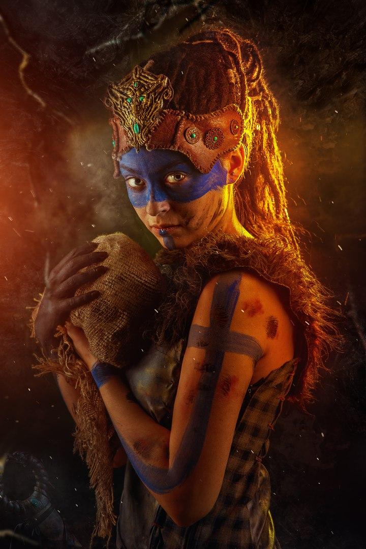 Косплей дня: воительница Сенуа иеегаллюцинации изигры Hellblade: Senua's Sacrifice. - Изображение 6