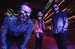 Muse подалась в ретровейв с новым альбомом Simulation Theory. И это хорошо!