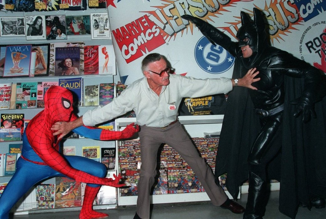 Стэн Ли предложил спасти фильмы по комиксам DC | Канобу - Изображение 6747